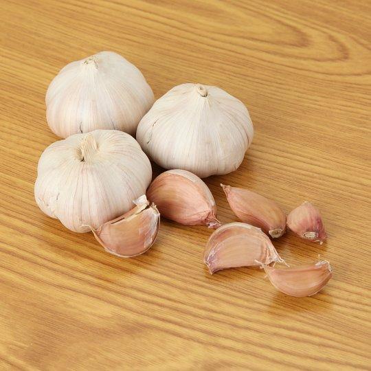 Bawang Putih (Garlic)